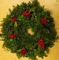 C Christmas Wreaths fresh foliage & statice